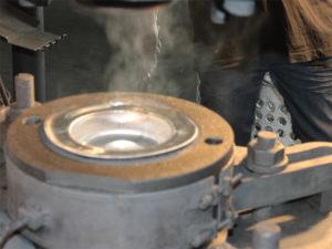 Praezisionsbearbeitung Gesenk Warmpressen Schmieden Hot forging Forgeage Chaud Werkzeugbau Toolmaking